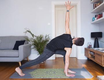 Picture with tags: , HD, Health, , Auto moderation, Sport, yoga