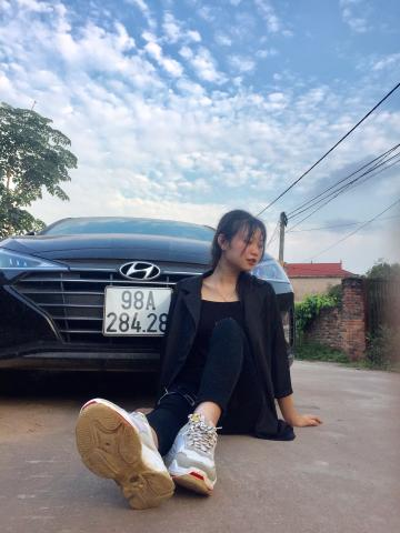 Picture with tags: Real, Girls, Cars