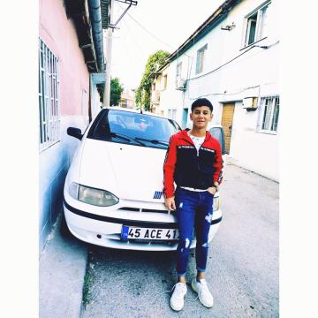 Picture with tags: Teens, Cars