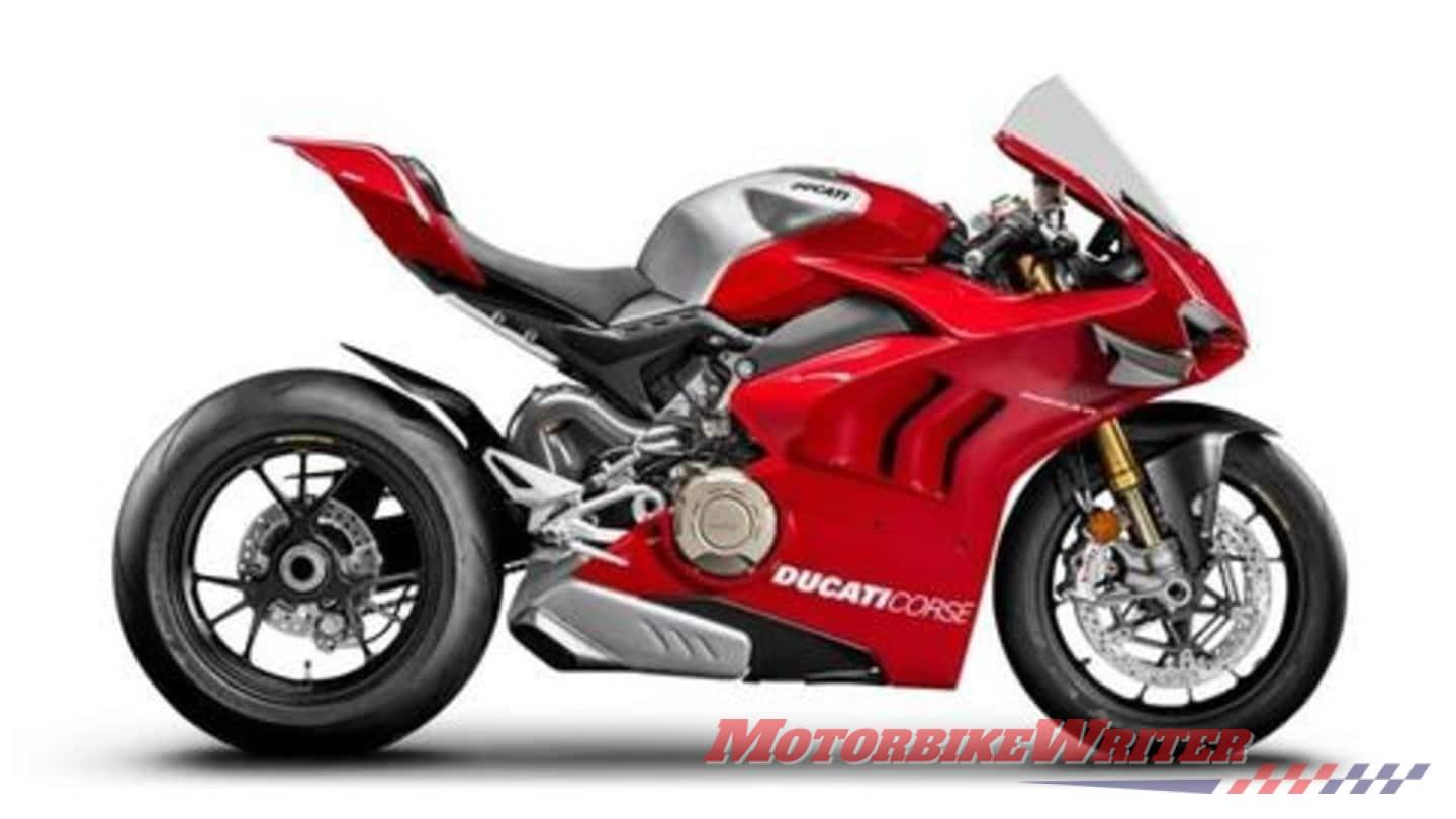 Picture with tags: , HD, , Bikes