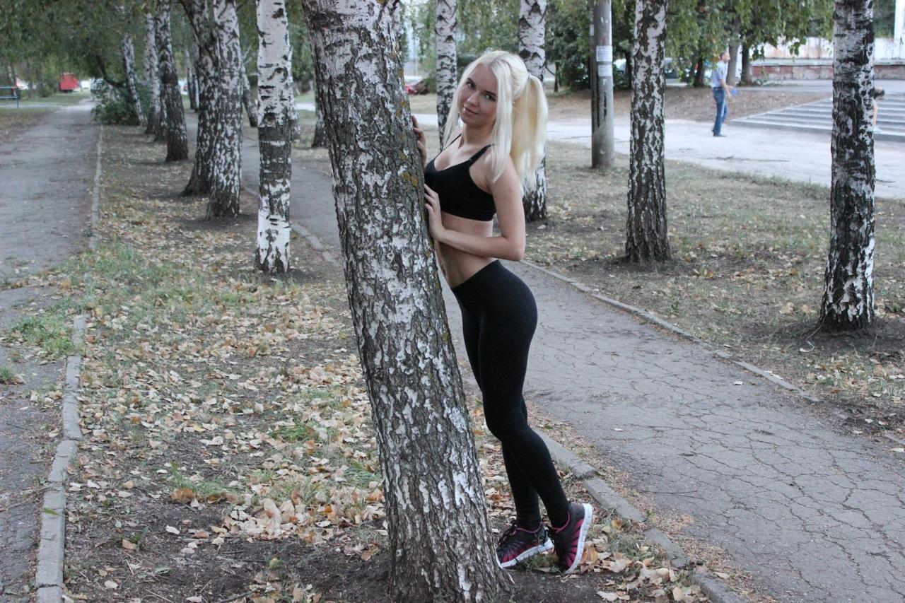 Picture with tags: Sport, Girl