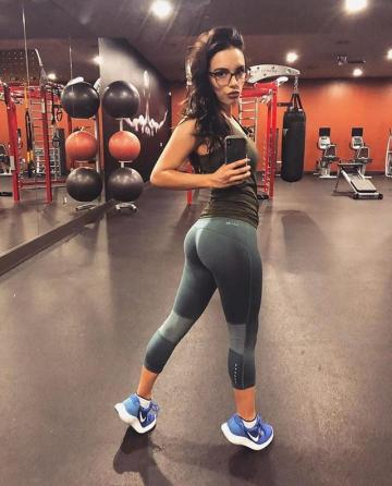 Picture with tags: Girls, Sport