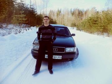 Picture with tags: Outdoor, Cars