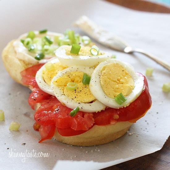 Imagen con etiquetas:Cocinando, Moderación automática